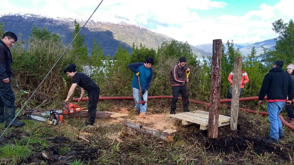 Voluntarios Servicio País de la Universidad de Magallanes realizaron trabajos voluntarios en Dorotea y Puerto Edén